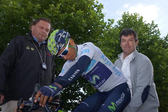 Nairo Quintana aan de start van de tijdrit