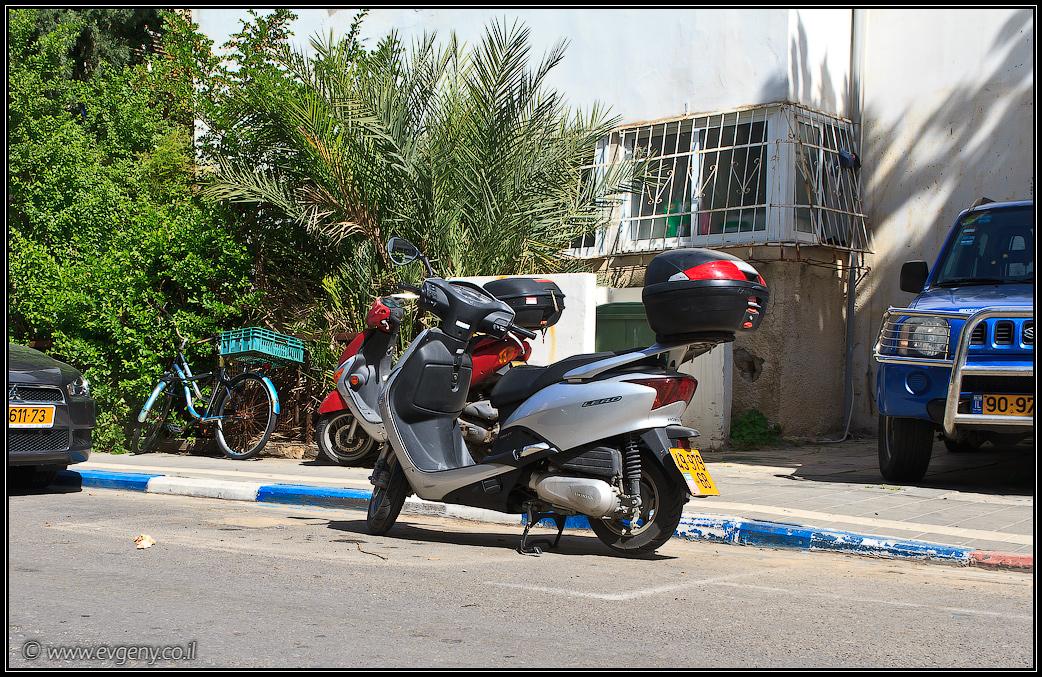 Проблема парковки в Тель Авиве. Все просто!