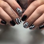20 MULTI COLOR STRIPES NAIL ART FOR NEW YEAR 2017