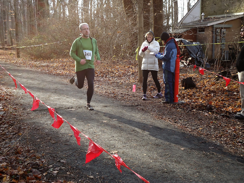 Winter Wonder Run 6K - December 7, 2013 - DSC00455.JPG