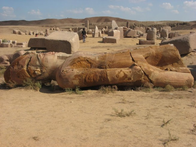 Рамзес II перенес столицу в Танис