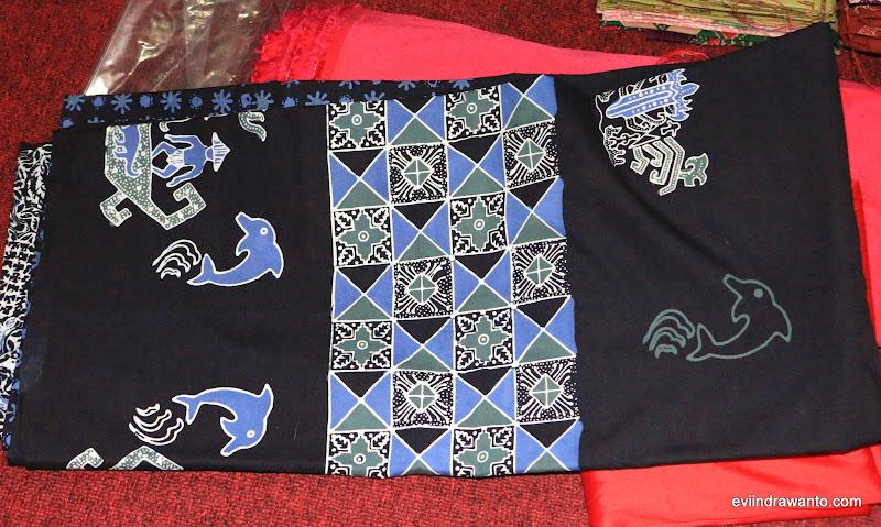 dolphin sebagai motif batik