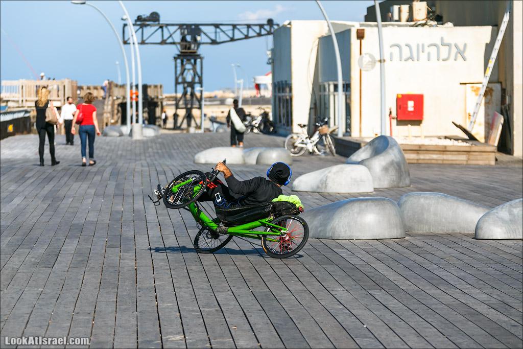 Велотрайкер в порту Тель Авива