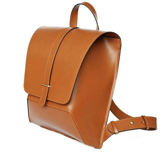 กระเป๋าหนัง iron