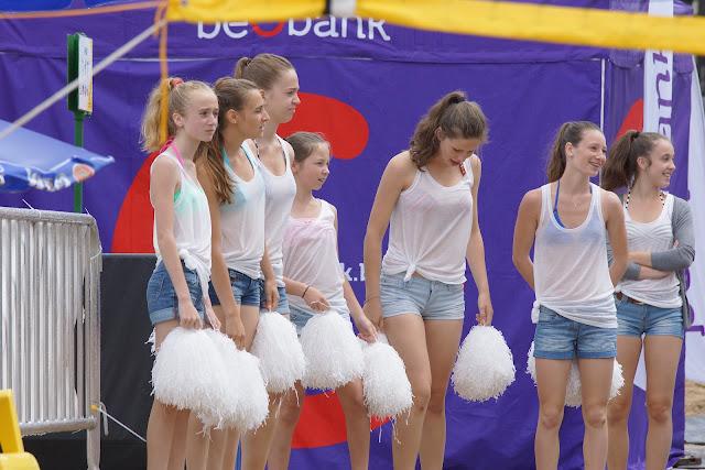 Margaux De Bruycker, Sally Peire, Jade Vanhaelemeersch, Emy Deruyter, Lisa Depla en Jelina Derveaux van Hypnosis Dance Academy