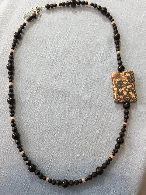 Holiday Fair Crafts - Necklace4.jpg