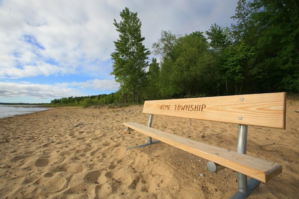 acme bayside bench