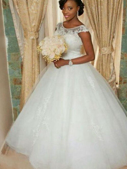TRADITIONAL AFRICAN WEDDING DRESSES STYLES | Pretty 4