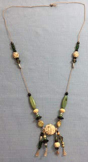 Holiday Fair Crafts - Necklace.jpg