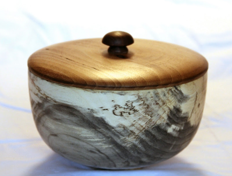"""Bob Browning 5"""" x 7"""" Beads of Courage box [spalted box elder, sycamore, walnut]"""