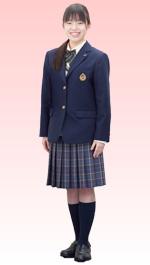 宮崎日本大学高等学校の女子の制服2