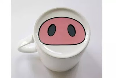 佐野研二郎がデザインした豚の鼻のマグカップ