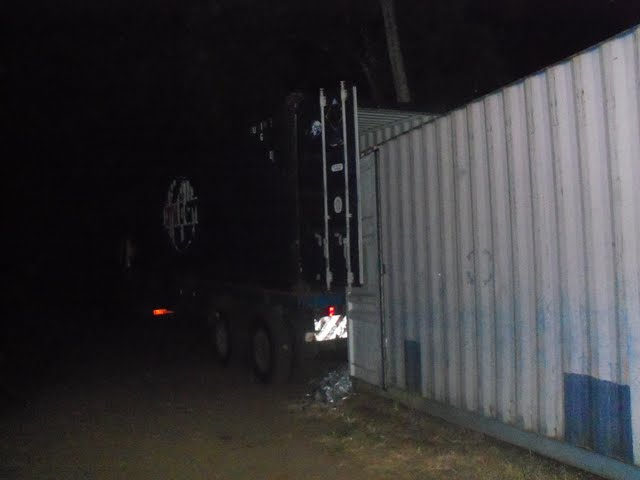 2nd Container Offloading - jan9%2B178.JPG