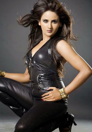 Parul Yadav Measurement