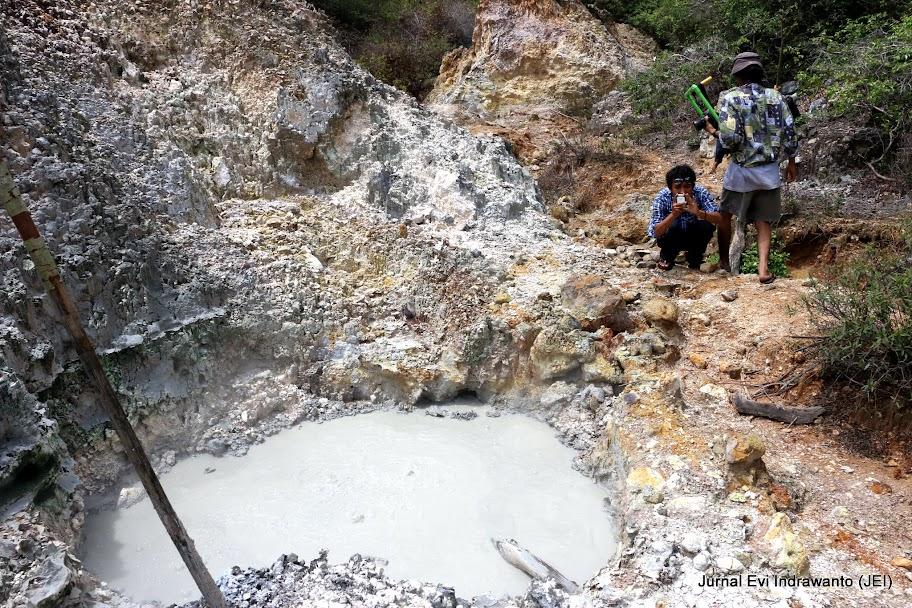 Wisata Alam Tanggamus - Foto Kawah Mendidih