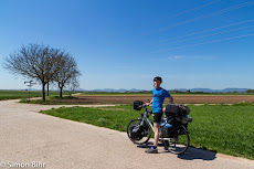 On the way. The Pfalz in the background.
