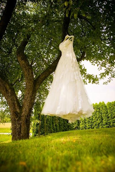 porocni-fotograf-destination-wedding-photographer- bride-groom-slovenija-ljubljana-zenin-nevesta-poroka-fotografiranje-poroke-bled-slovenia- hochzeitsreportage, hochzeitsfotograf,hochzei (7).jpg