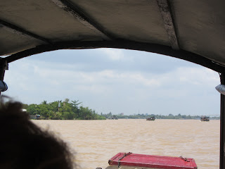 0023A_Day_on_the_Mekong