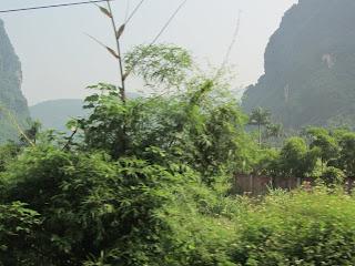0022The_Road_to_Mai_Chau
