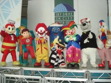 Grand mascot parade at SM North Edsa 2012