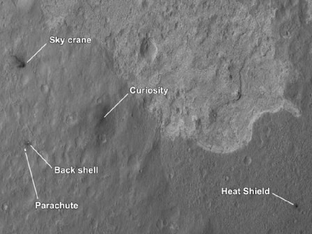The four main pieces of hardware that arrived on Mars with NASA's Curiosity rover were spotted by NASA's Mars Reconnaissance Orbiter (MRO). Image credit: NASA/JPL-Caltech/Univ. of Arizona