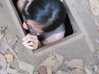 0037Cu_Chi_Tunnels
