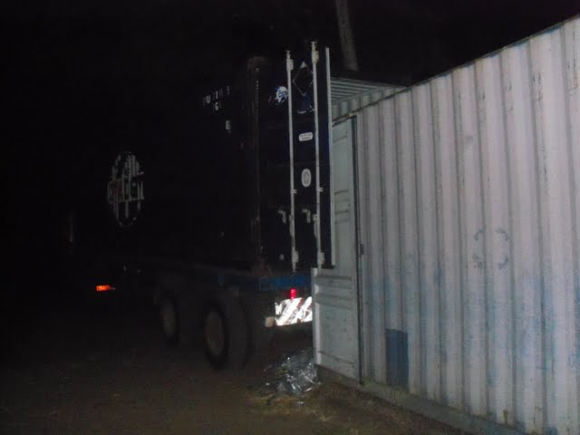 2nd Container Offloading - jan9%2B179.JPG