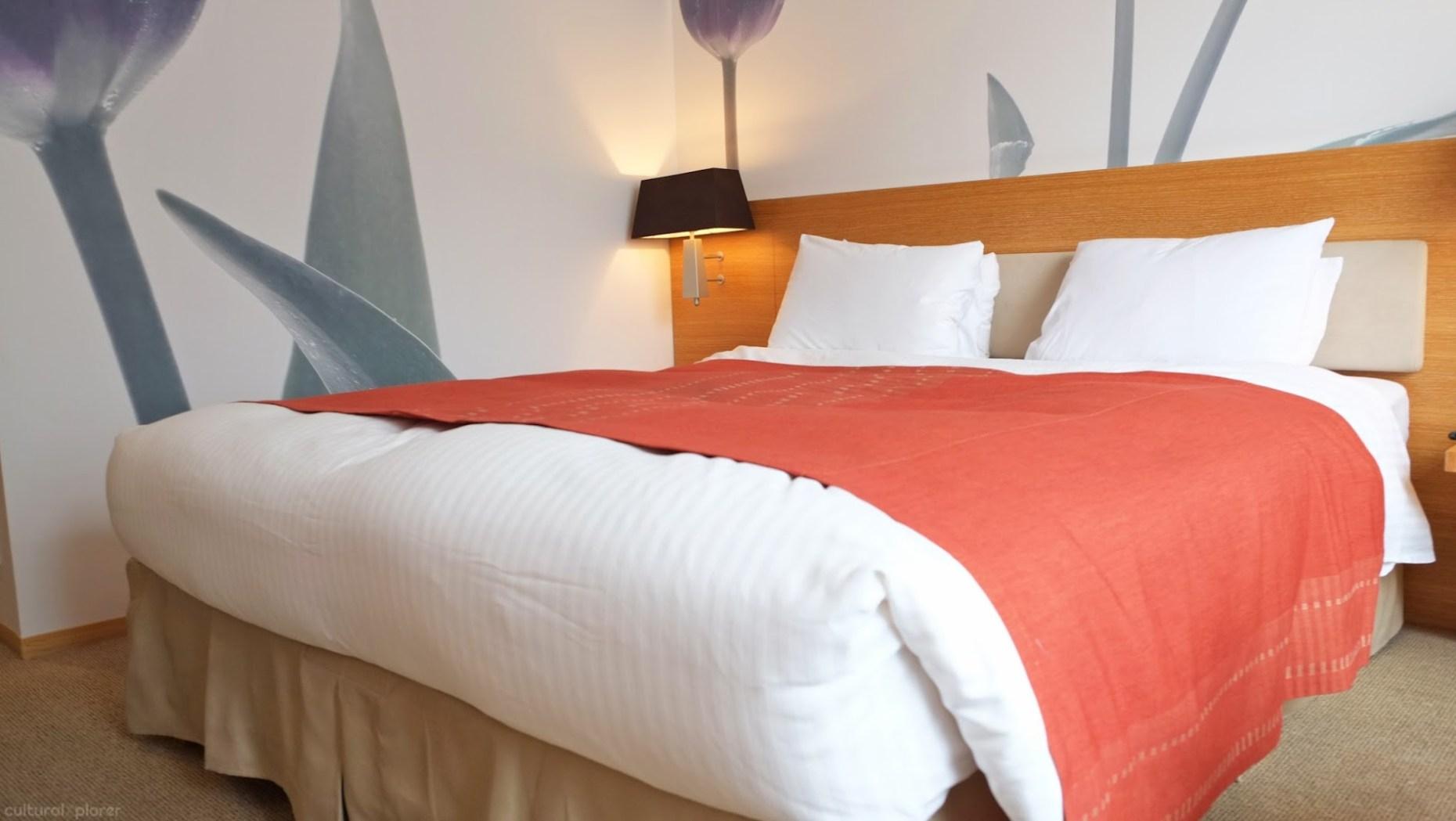 Park Hotel Tokyo bedroom