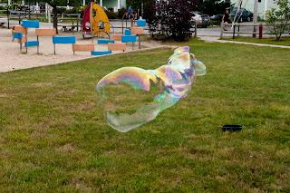 Ferry Beach-Bubbles-35