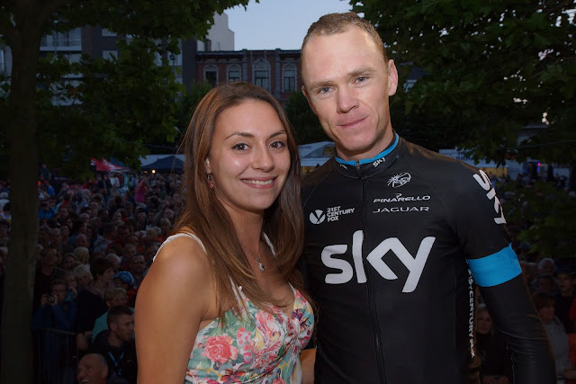 Laura Santy bij Chris Froome