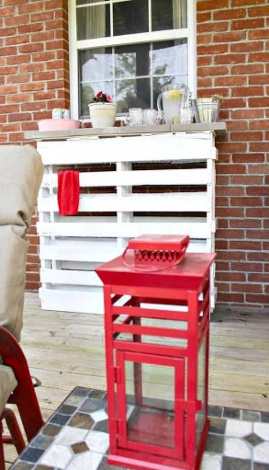 DIY-wood-pallet-bar-8