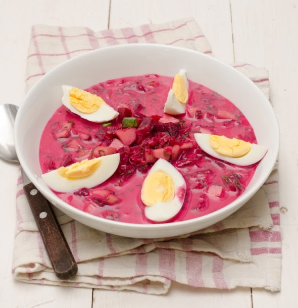 Ciorba de sfecla rosie - Chlodnik