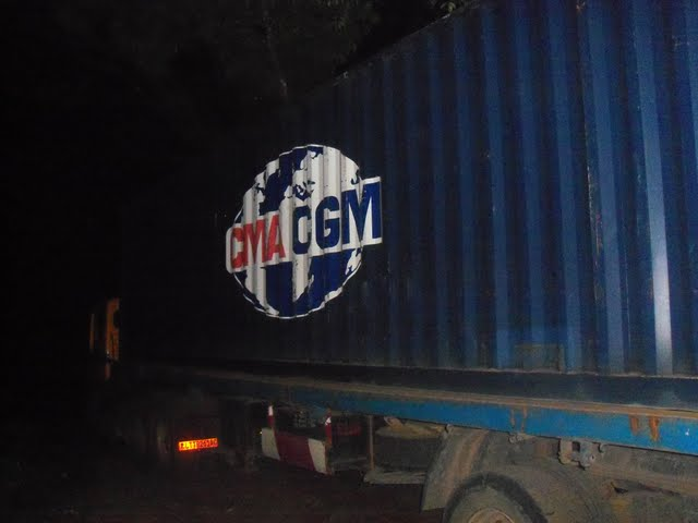 2nd Container Offloading - jan9%2B168.JPG