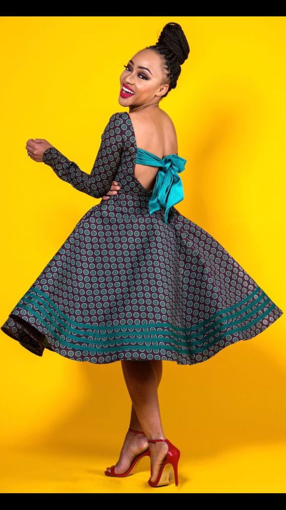 CHIC DRESS STYLES FOR AFRICAN WOMEN IN 2019 - Latest African