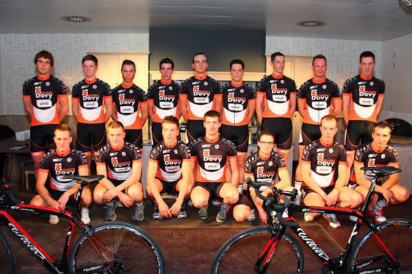Dovy keukens - Vind! - FCC Cycling Team ploegfoto
