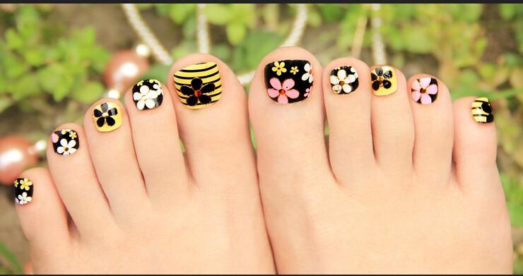 Creative Toe Nail Art Designs For Summer 2018 Pretty 4