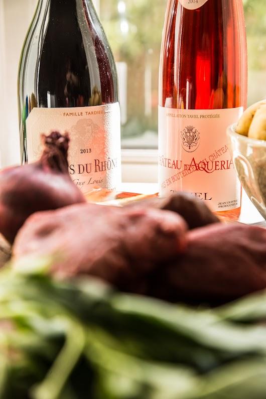 Sommervine fra Côtes du Rhône med grillbøf og jordbærsalsa