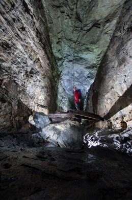 grottes des eaux chaudes