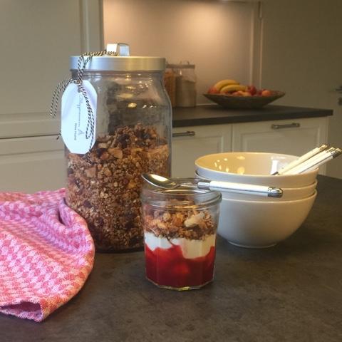 Frühstück: gebackenes Kokos-Zimt-Müsli
