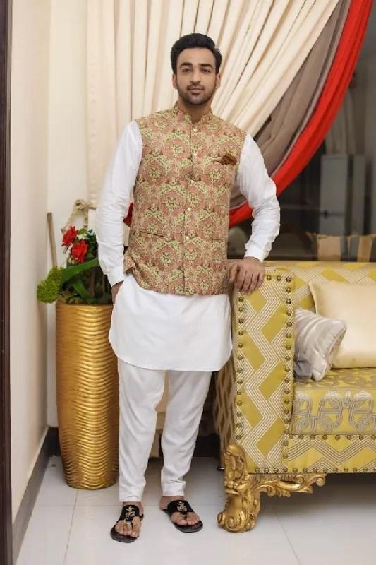 Agha Mustafa Hassan Joins the Cast of Thriller Drama Series, Neeli Zinda Hai