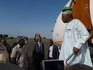 Obasanjo lands in Makurdi Airport