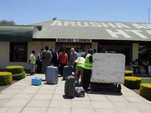 Arusha Havalimanında Bavullar