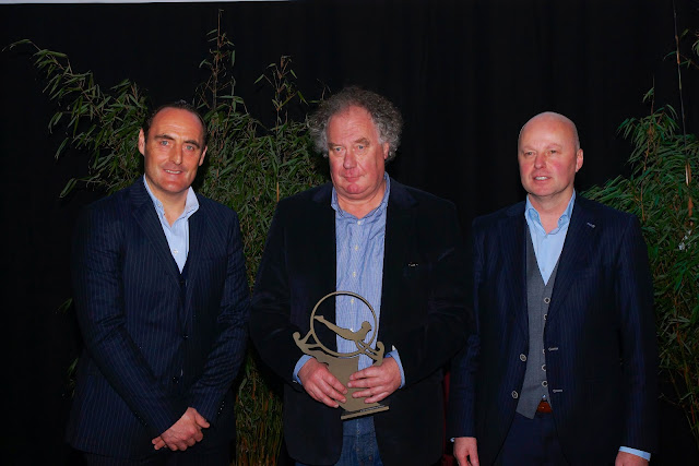 Papa Vandoorne ontvangt de prijs van sporter van het jaar ipv zieke Stoffel