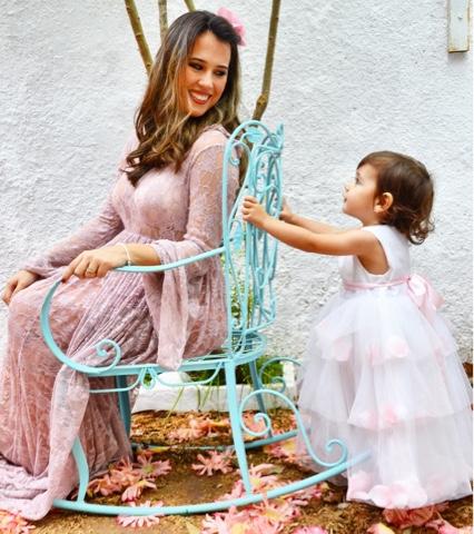Inversão de cuidados mãe e filha
