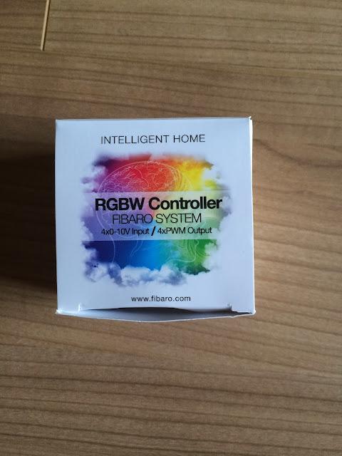 De%25CC%2581ballage%25201 A relire : Meuble Ikea + RGBW + Led
