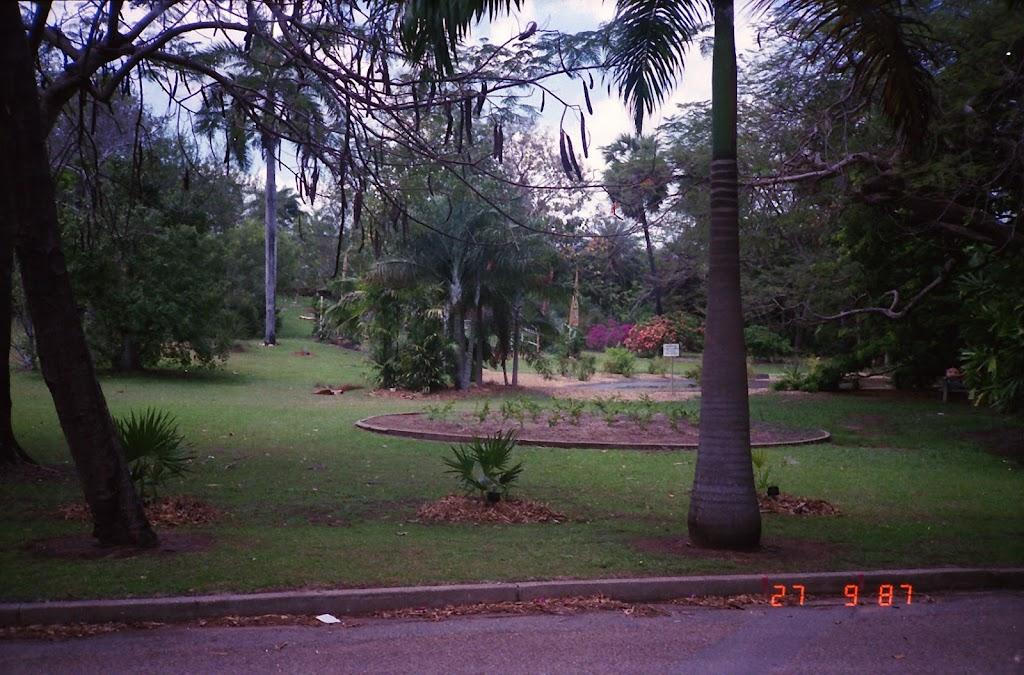 3160Darwin Botanic Gardens