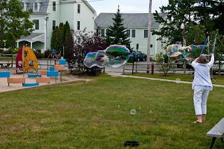 Ferry Beach-Bubbles-36