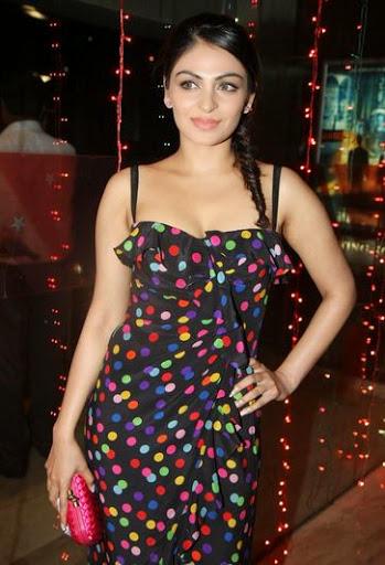 Neeru Bajwa Weight