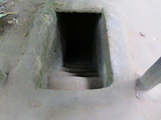 0048Cu_Chi_Tunnels