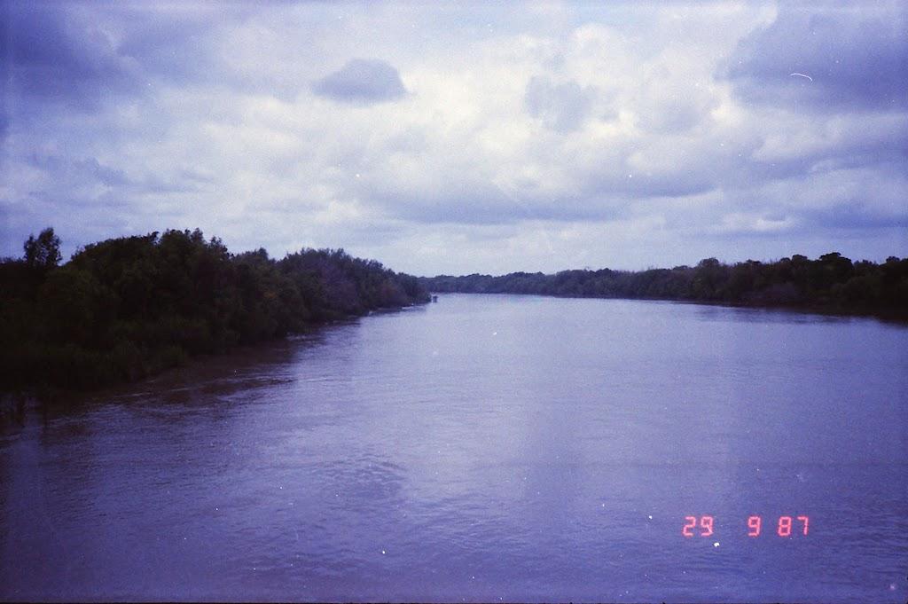 5860Adelaide River Croc Tour